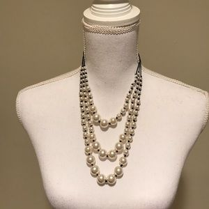 Jewelry - Faux white triple string pearl necklace